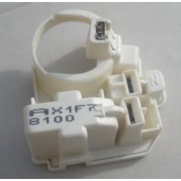 http://alkatreszek.org/896-1210-thickbox_default/liebherr-hűtőszekrény-indítórelé.jpg